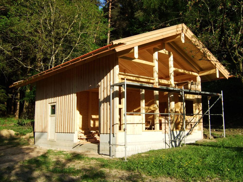 gartenhaus aus kunststoff die richtige dacheindeckung fr ein gartenhaus whlen die richtige. Black Bedroom Furniture Sets. Home Design Ideas